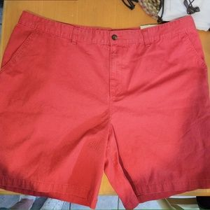 Mens flat front shorts, tags on